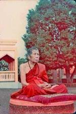 Luang Phu Kroo Ba Phromajak of Wat Pra Puttabat Dtak Pha