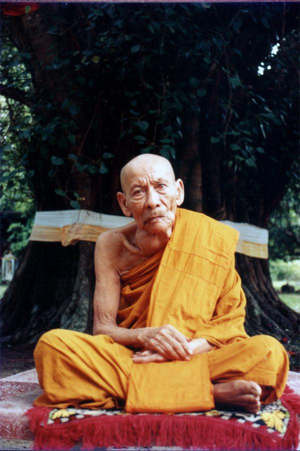 Luang Por Daeng Thidtatammo